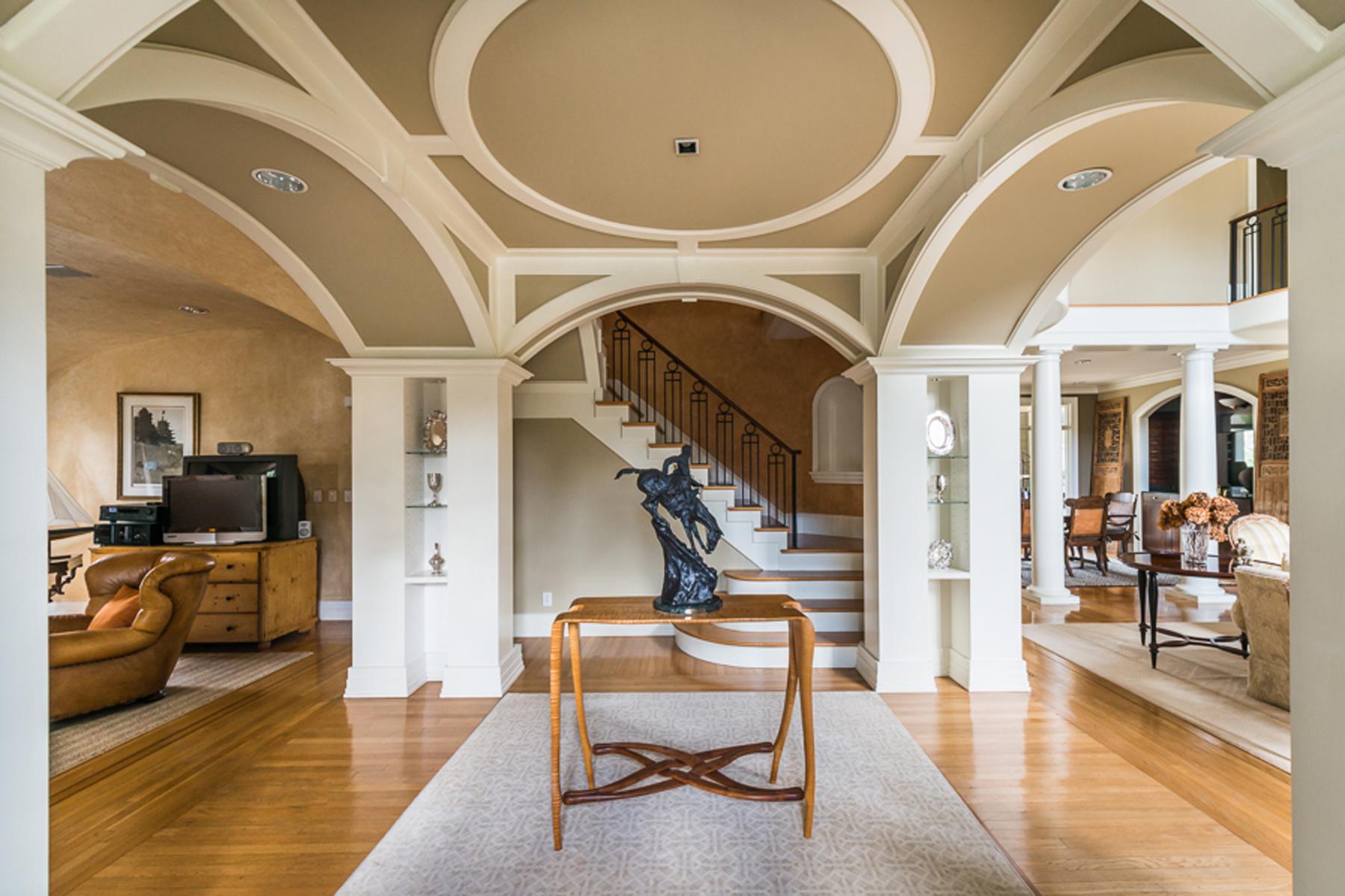 Maison unifamiliale pour l Vente à Wonderful House With Open Living Spaces 30 Cherokee Road NW Buckhead, Atlanta, Georgia 30305 États-Unis