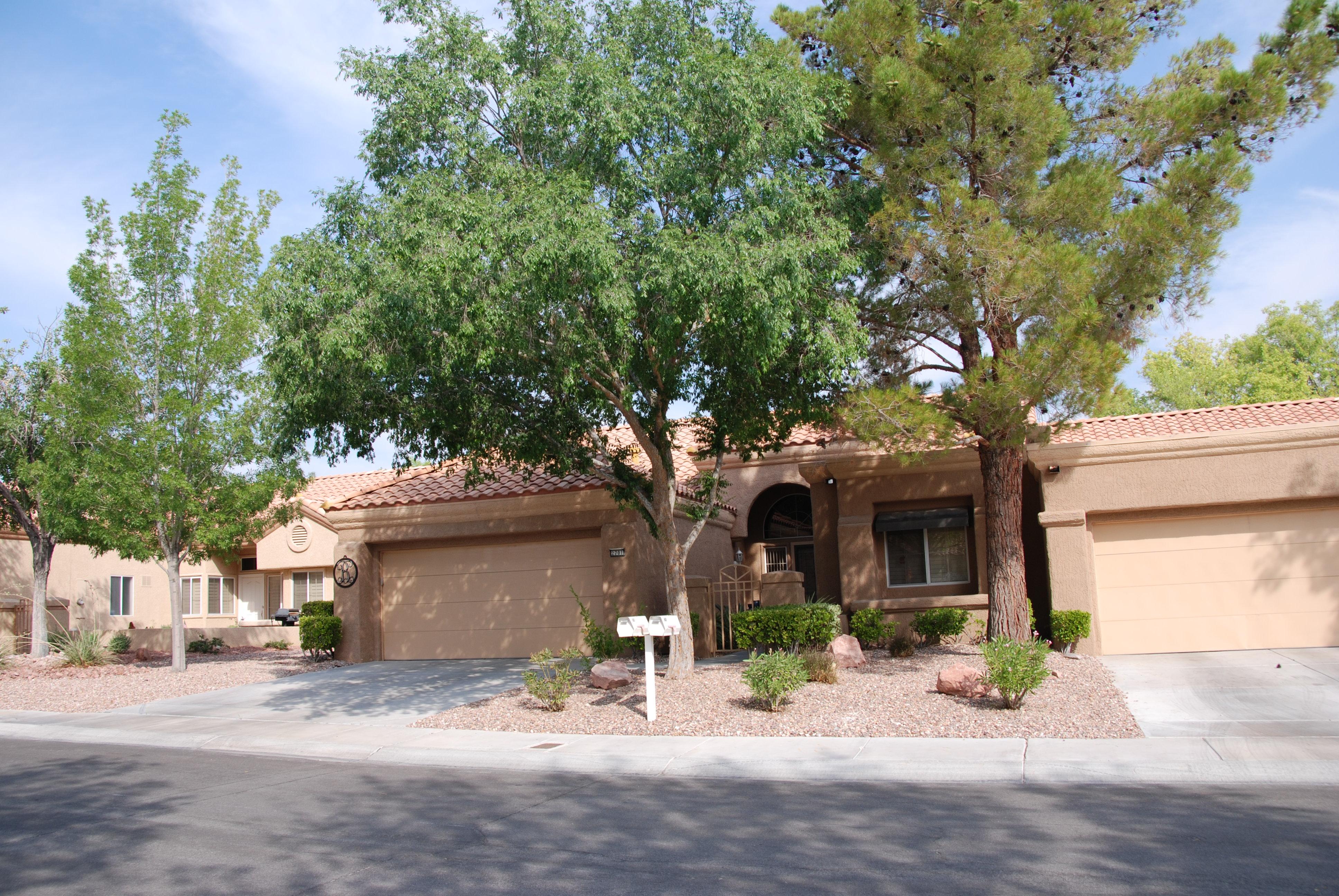단독 가정 주택 용 매매 에 2701 Showcase Dr Las Vegas, 네바다 89134 미국