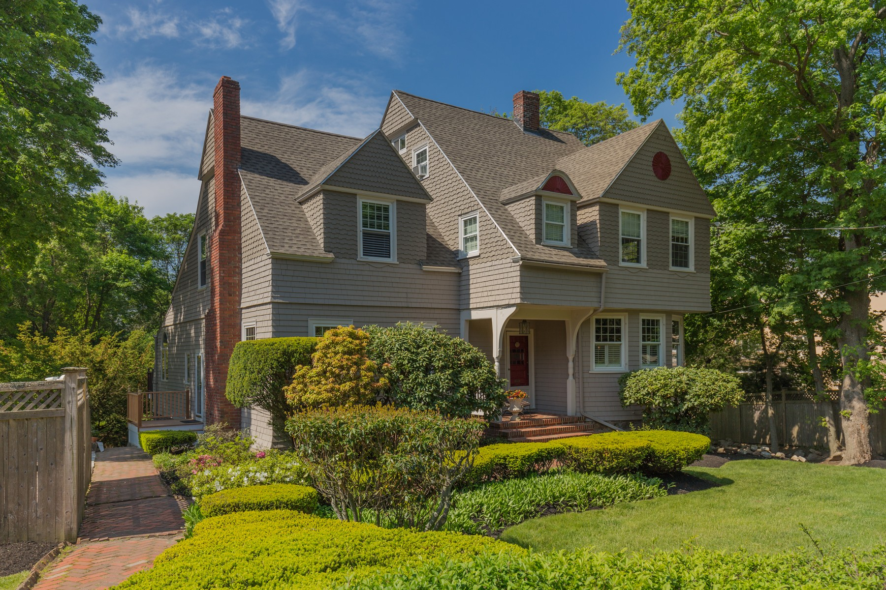 sales property at Elegant Converted Carriage House