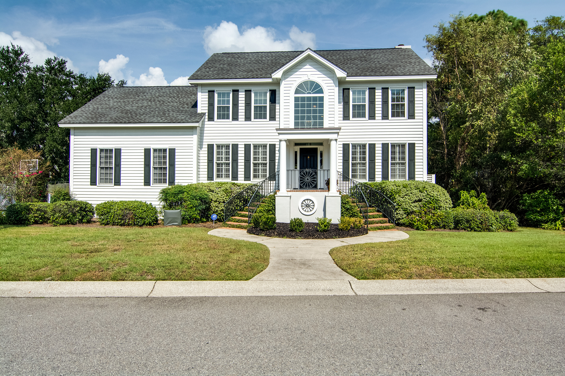 Single Family Home for Sale at Classic Lowcountry Home 902 Parrot Creek Way Charleston, South Carolina, 29412 United States