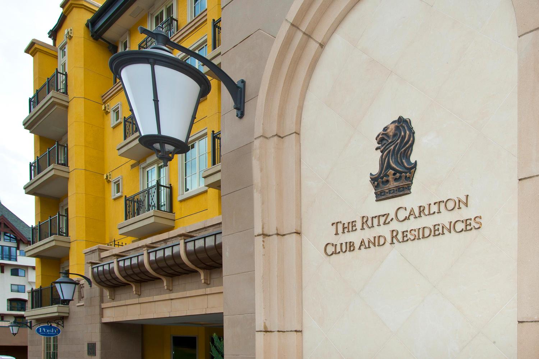 Bien divisible pour l Vente à Ritz Carlton Club and Residences, Vail 728 W. Lionshead Circle #429-31 Lionshead, Vail, Colorado, 81657 États-Unis