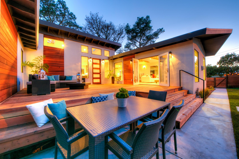 Einfamilienhaus für Verkauf beim Exquisite Setting and Impeccable Styling 112 Peralta Avenue Mill Valley, Kalifornien 94941 Vereinigte Staaten