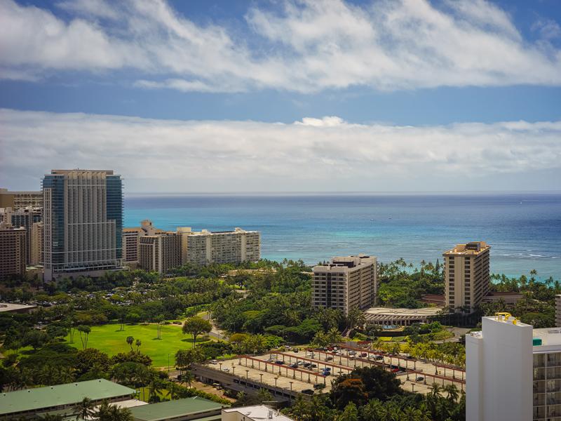 콘도미니엄 용 매매 에 Luxurious Waikiki Penthouse Allure Waikiki 1837 Kalakaua Avenue 3504 Waikiki, Honolulu, 하와이 96815 미국