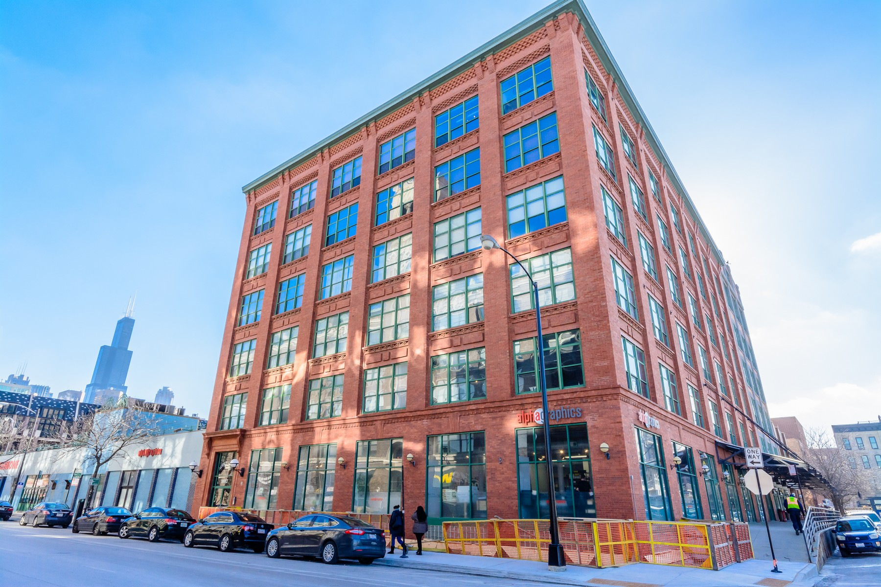 Condomínio para Venda às West Loop Loft 1017 W Washington Boulevard Unit 4F Chicago, Illinois, 60607 Estados Unidos
