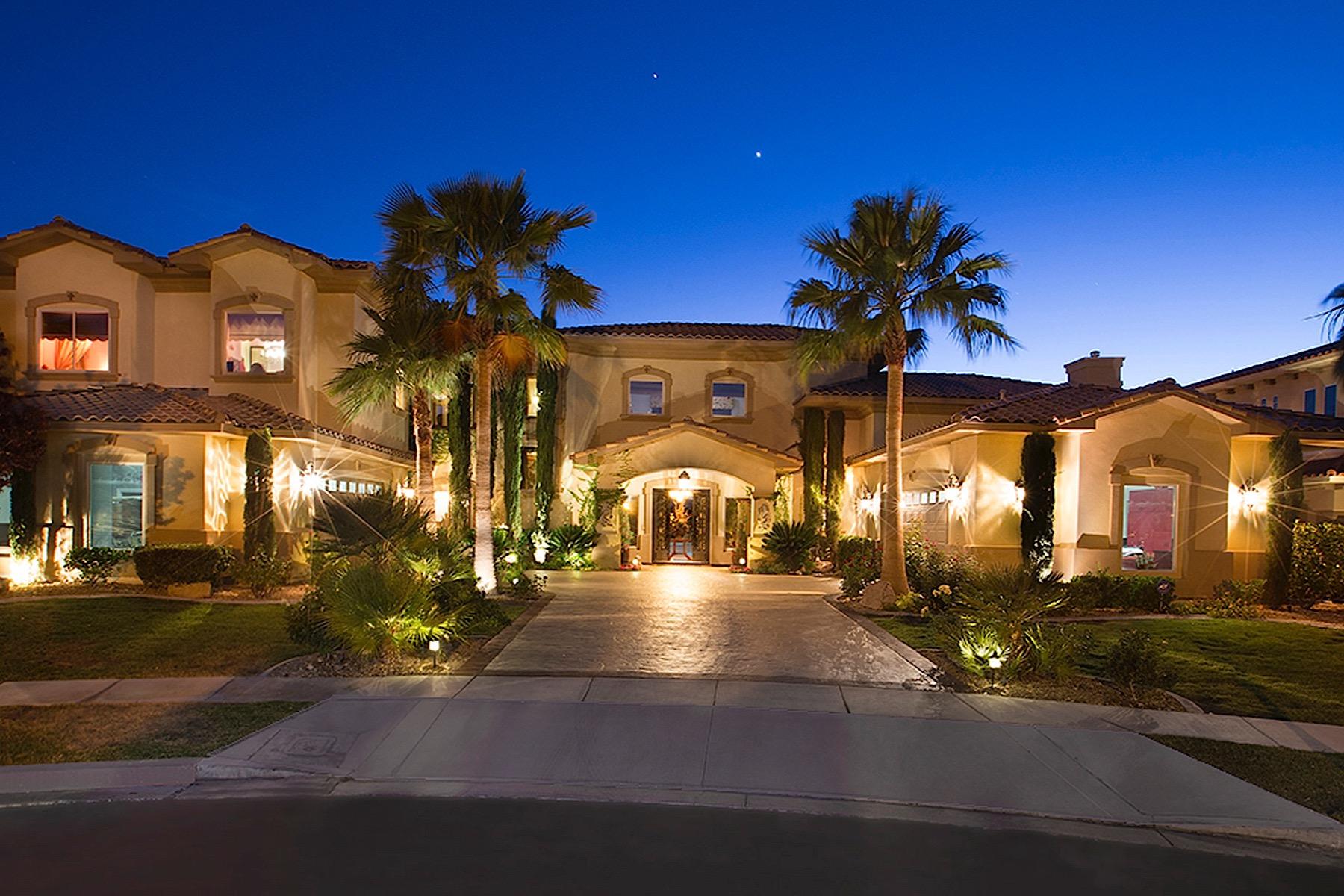 Casa para uma família para Venda às Eclipse in the Estates of Seven Hills 2608 Prego Ct Henderson, Nevada 89052 Estados Unidos