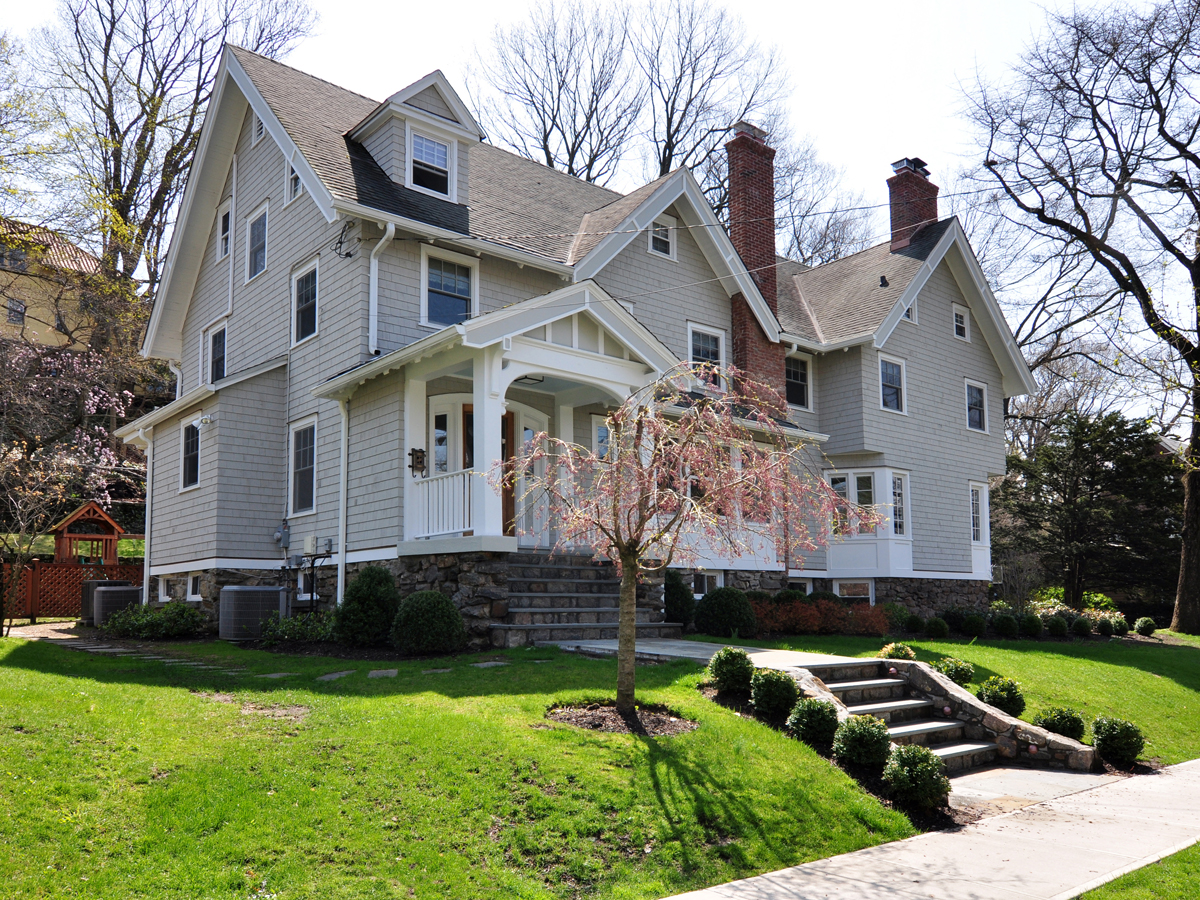 Single Family Home for Sale at SUBLIMELY BEAUTIFUL PELHAM HEIGHTS COLONIAL 232 Highbrook Avenue Pelham, New York 10803 United States