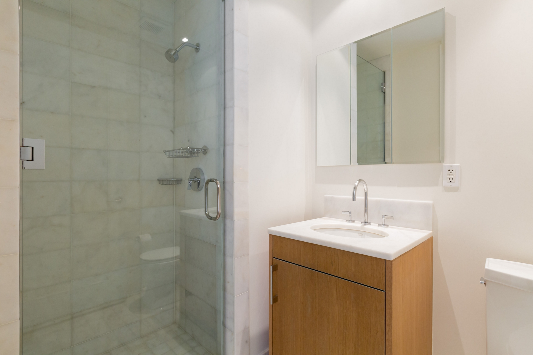 Additional photo for property listing at Georgetown 3303 Water Street NW #8F Washington, Distretto Di Columbia 20007 Stati Uniti