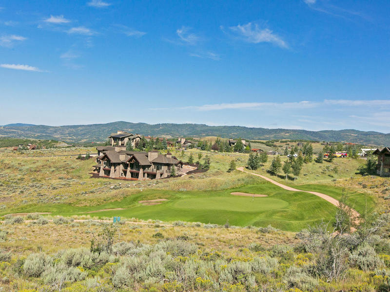 Terrain pour l Vente à 1 Million Below Developer List Price 8654 N Sunset Circle Park City, Utah 84098 États-Unis