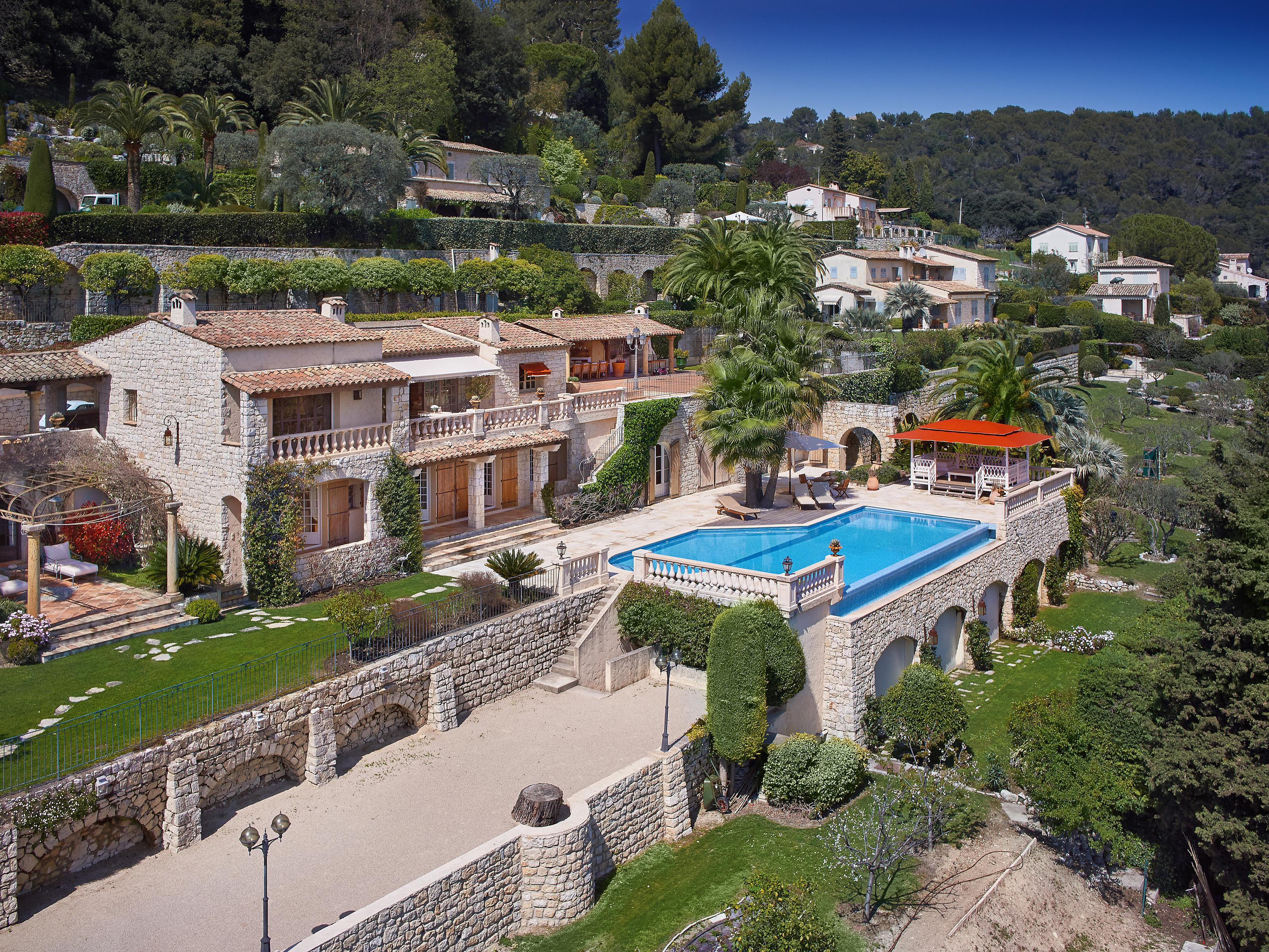 Property For Sale at Charming and authentic provencal estate
