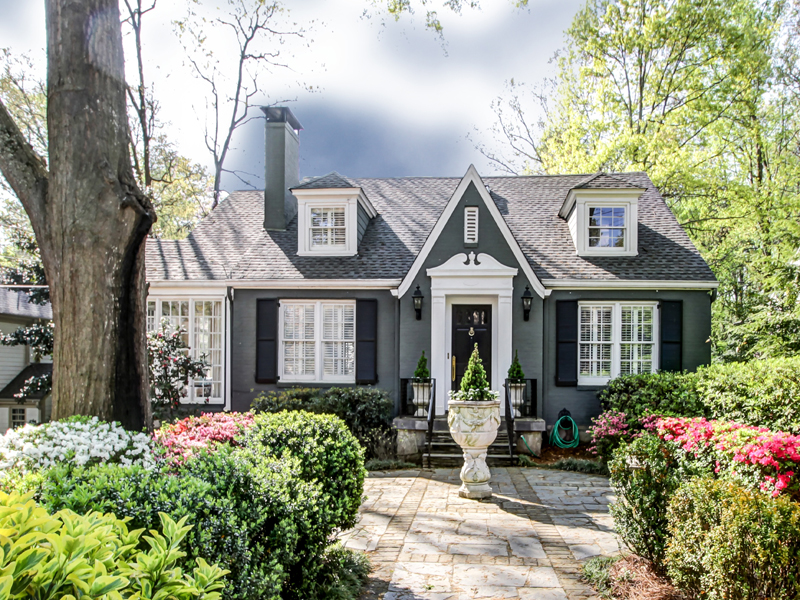 Single Family Home for Sale at Buckhead Charmer 3133 Peachtree Drive Peachtree Park, Atlanta, Georgia 30305 United States