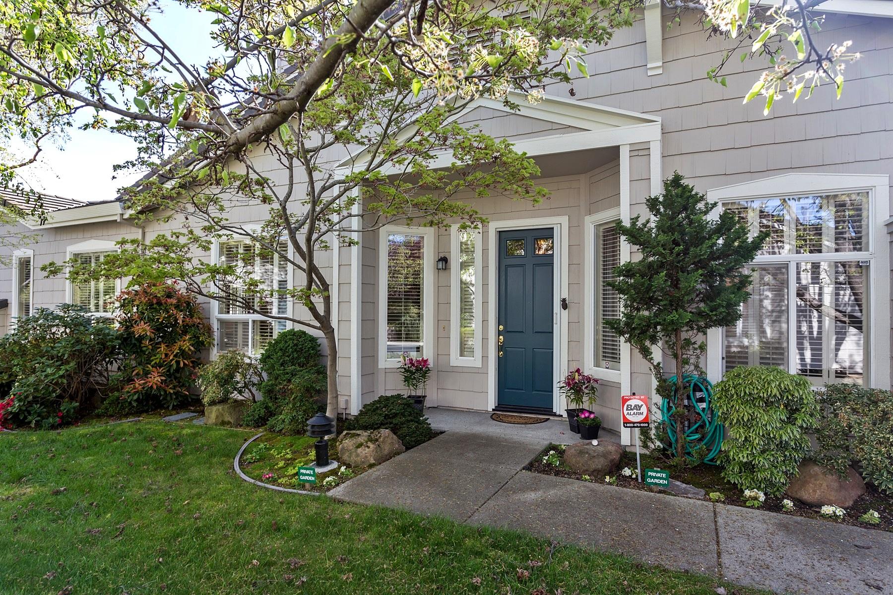 sales property at Updated In Prime Rossmoor Neighborhood