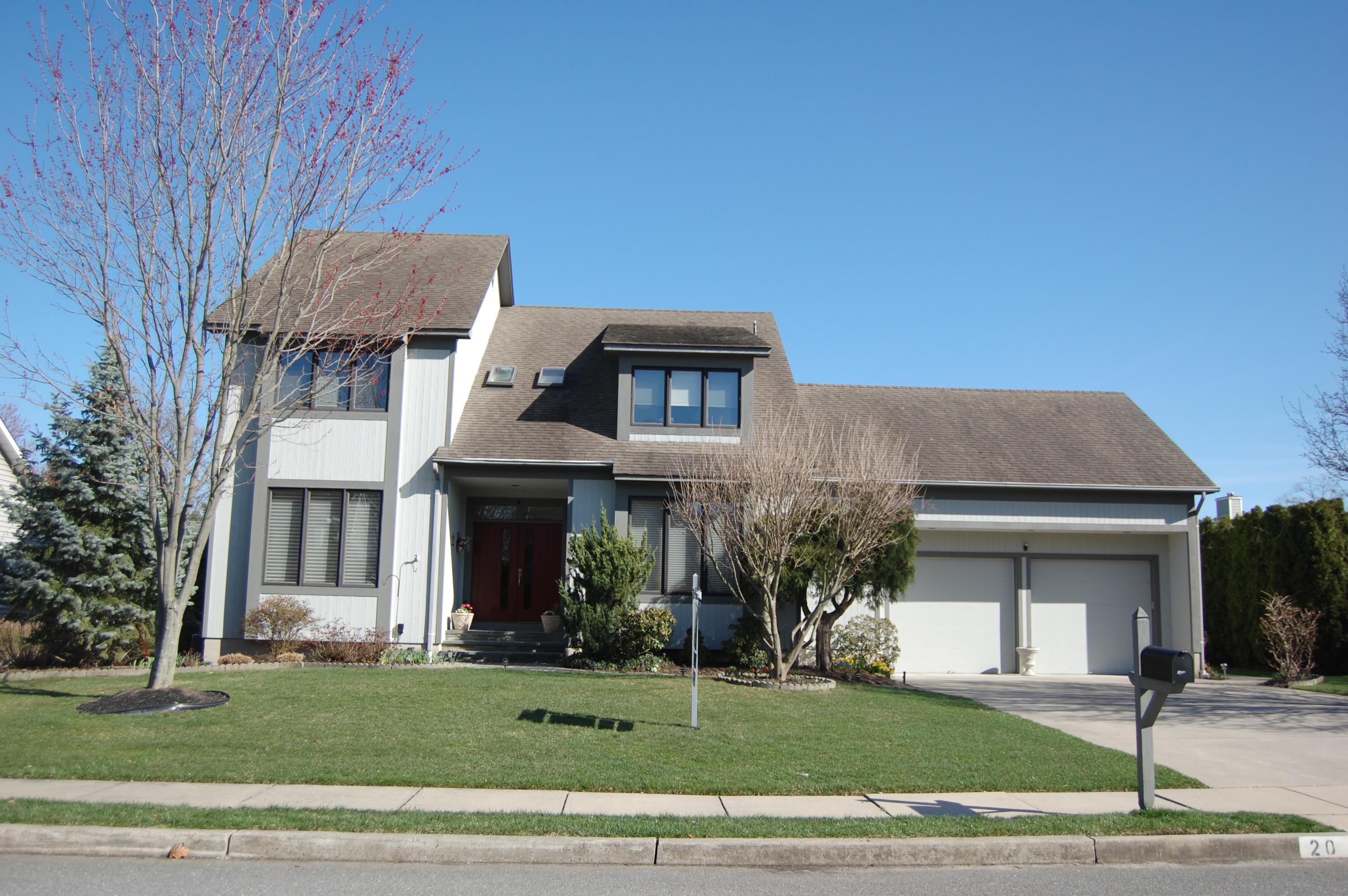 獨棟家庭住宅 為 出售 在 Premier Setting! 20 Lebanon Drive Brielle, 新澤西州 08730 美國