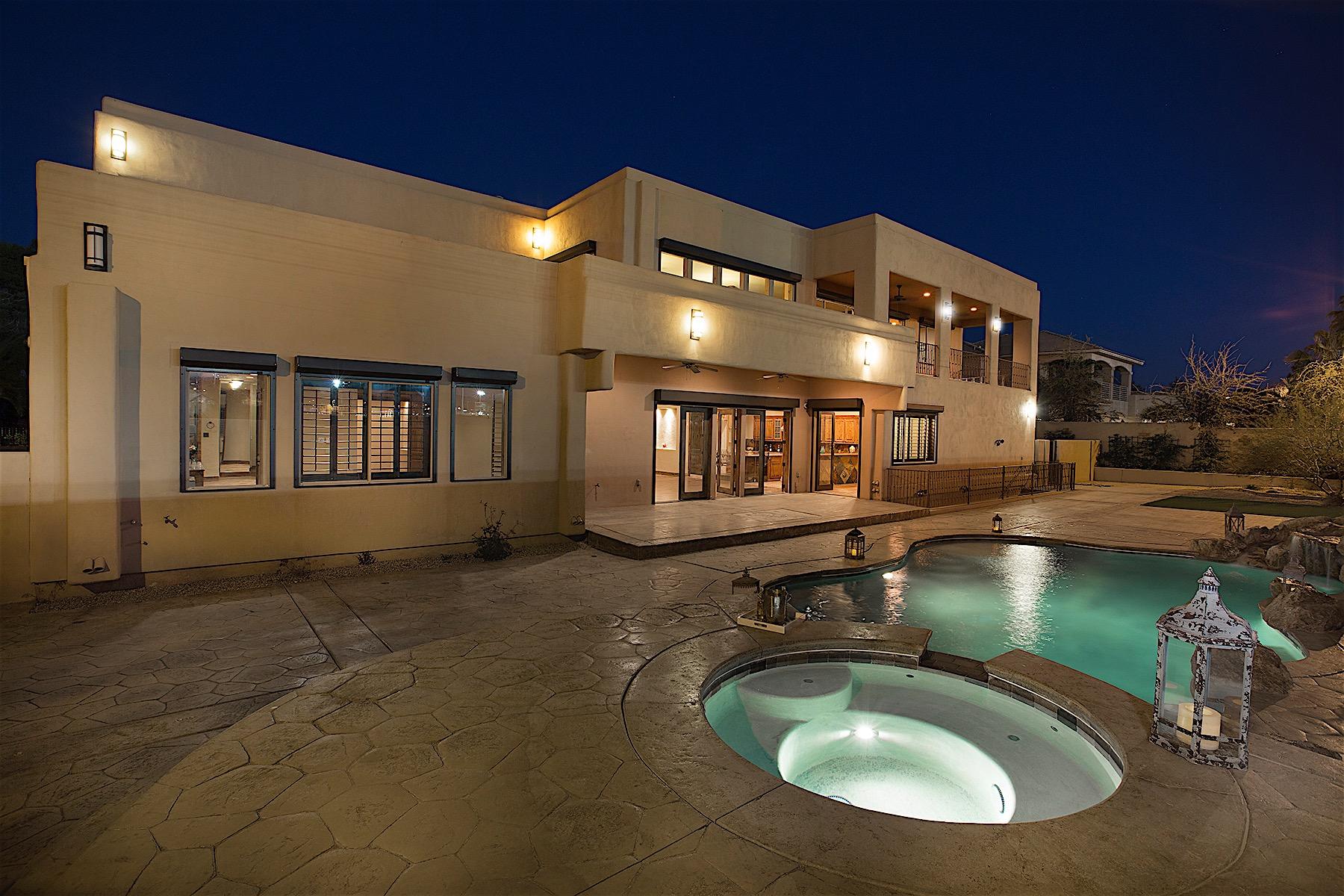Casa para uma família para Venda às La Puebla Painted Desert 7207 La Puebla St Las Vegas, Nevada, 89120 Estados Unidos