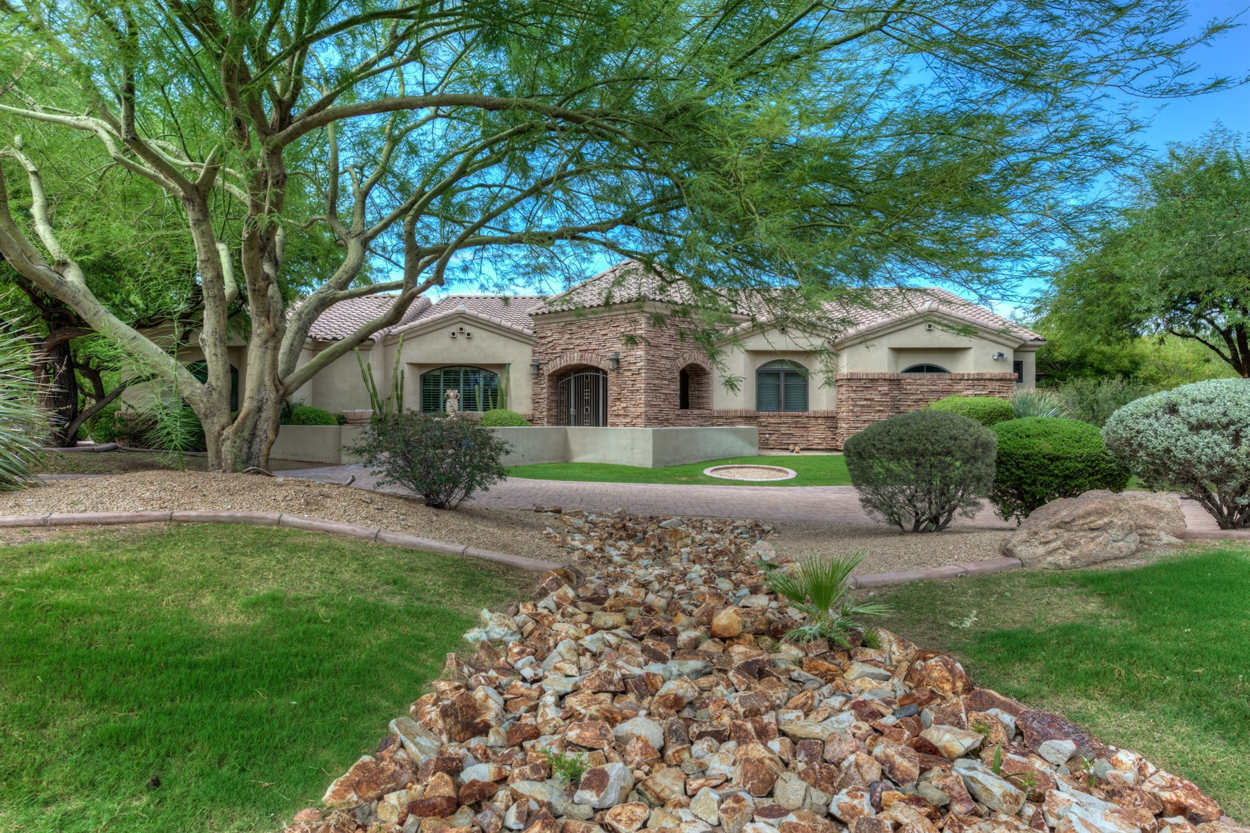 open-houses property at Wonderful custom home in a great Paradise Valley neighborhood