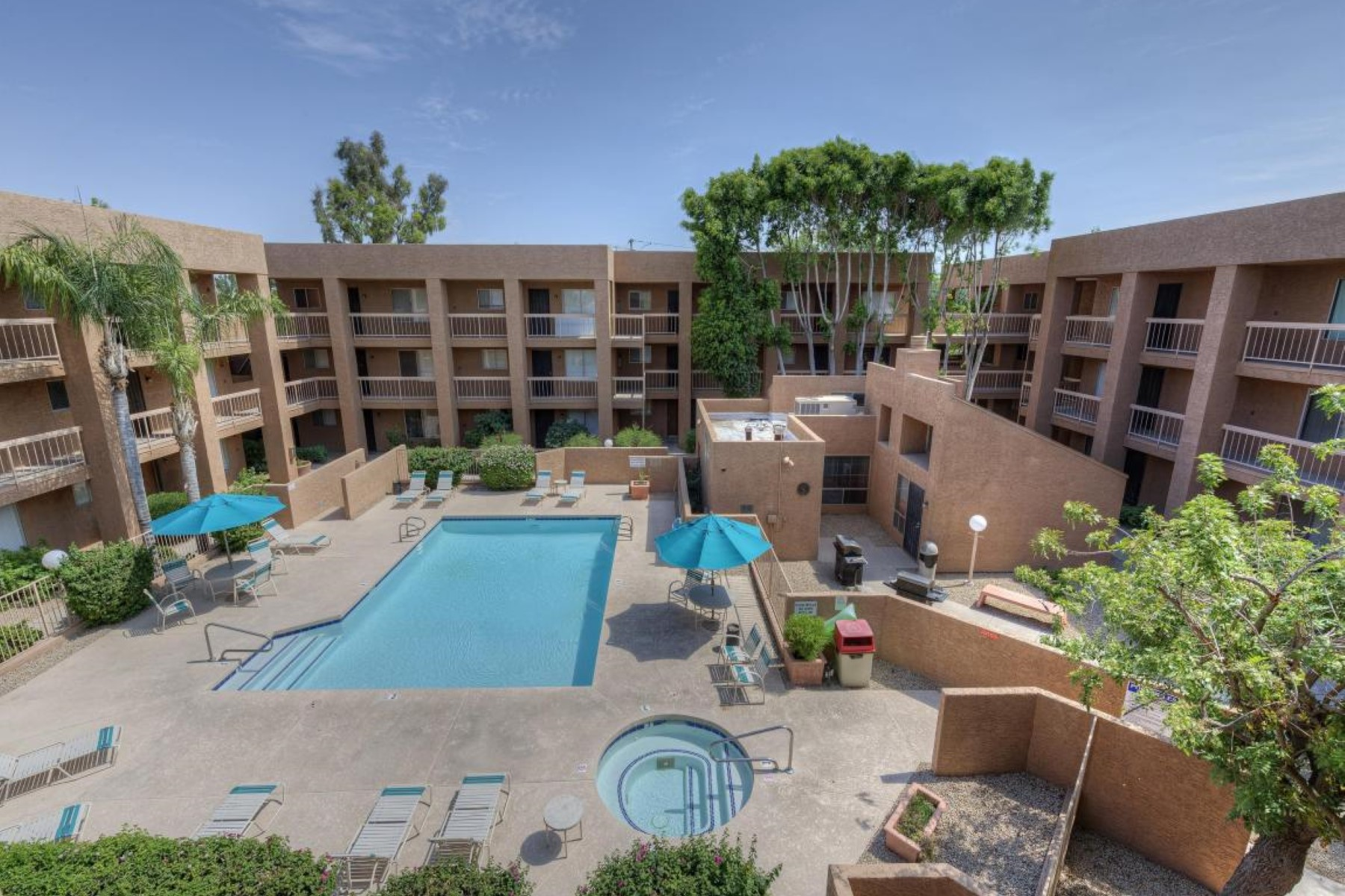 Apartment for Sale at Lovely remodeled home near Downtown Scottsdale. 7494 E Earll DR 304 Scottsdale, Arizona 85251 United States