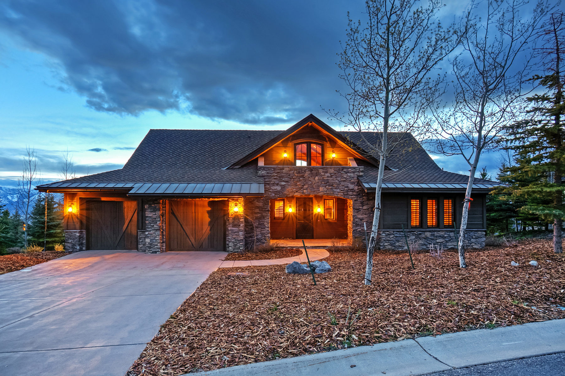 Single Family Home for Sale at Perfect Promontory Cabin in the heart of Promontory 3259 Tatanka Trl Park City, Utah, 84098 United States