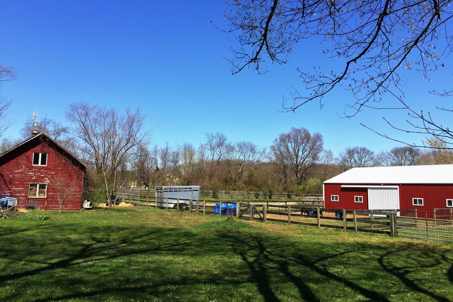 Hayvan Çiftliği/Çiftlik/Ekili Alan için Satış at Over 10 Acres 200 Casino Dr Farmingdale, New Jersey, 07727 Amerika Birleşik Devletleri