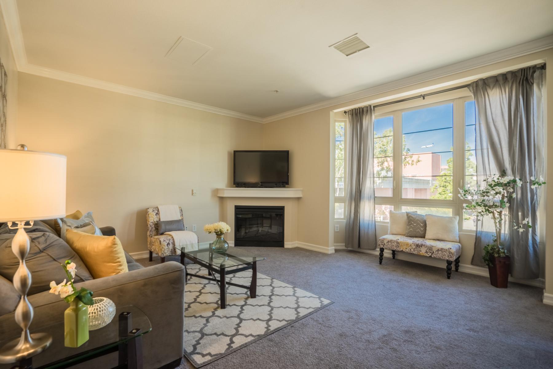 共管式独立产权公寓 为 销售 在 Union Square 1465 C Street 3501 圣地亚哥, 加利福尼亚州, 92101 美国
