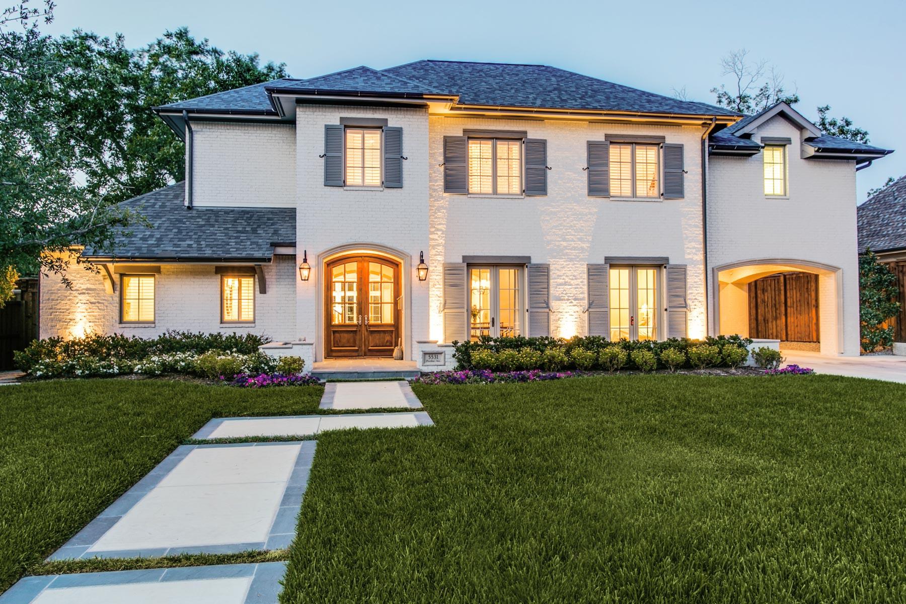 Casa Unifamiliar por un Venta en Sophisticated Transitional in Devonshire 5531 Purdue Avenue Dallas, Texas 75209 Estados Unidos