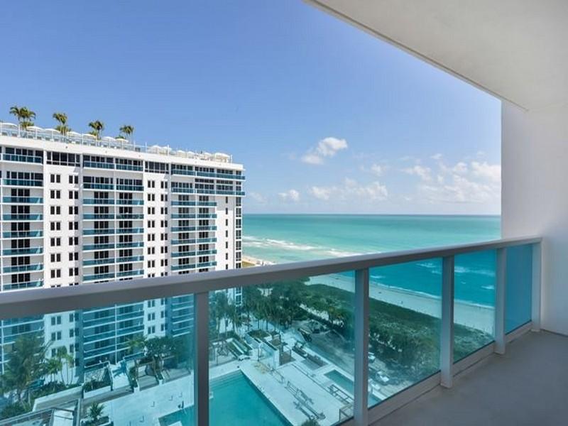 Copropriété pour l Vente à 2301 Collins ave #1415 Miami Beach, Florida 33139 États-Unis
