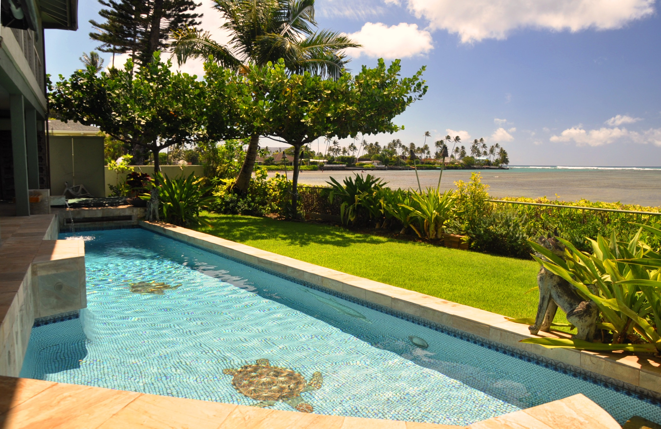 단독 가정 주택 용 매매 에 Beachfront Estate 5005 Kalanianaole Hwy Honolulu, 하와이 96821 미국