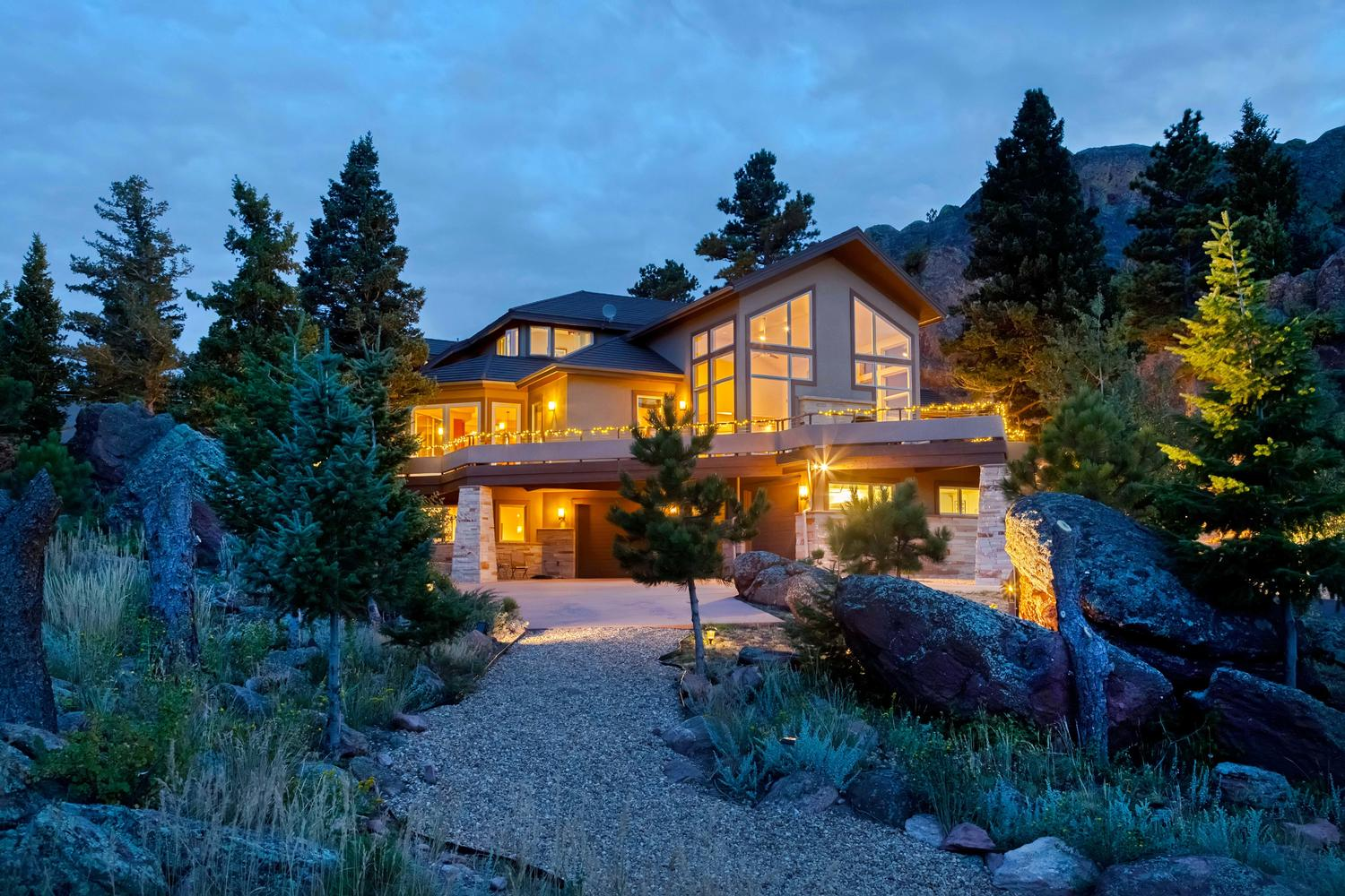 Single Family Home for Sale at Peaceful Custom Home 9051 Eastridge Road Golden, Colorado, 80403 United States