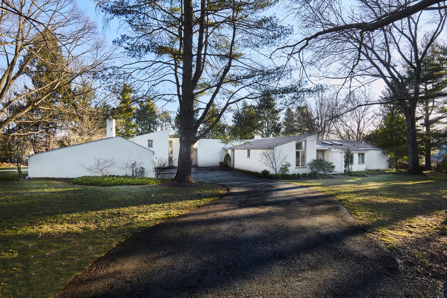 Nhà ở một gia đình vì Bán tại Contemporary Award Winning Custom Home 831 Amies Lane Bryn Mawr, Pennsylvania, 19010 Hoa Kỳ