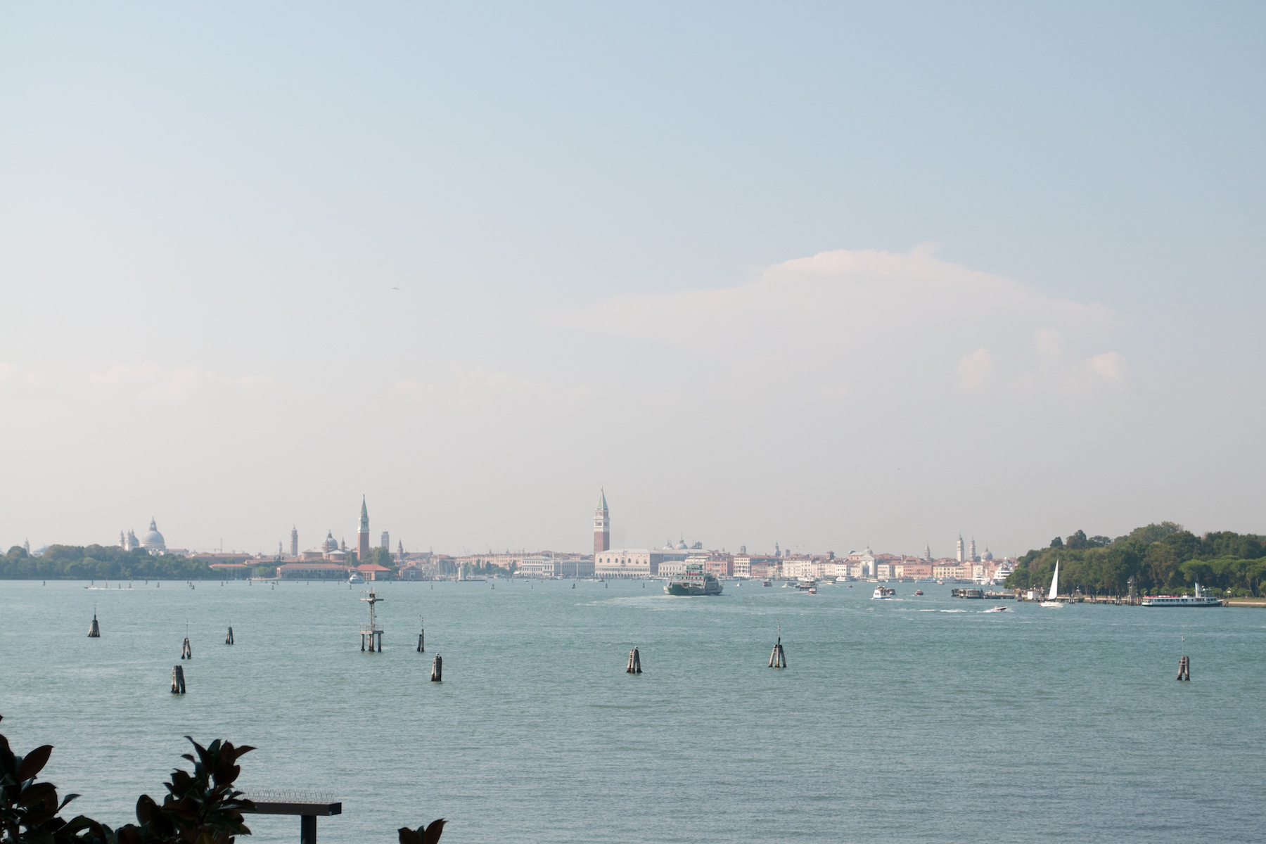 Additional photo for property listing at Contemporary Lido property with stunning lagoon views Venice, Venice Italy