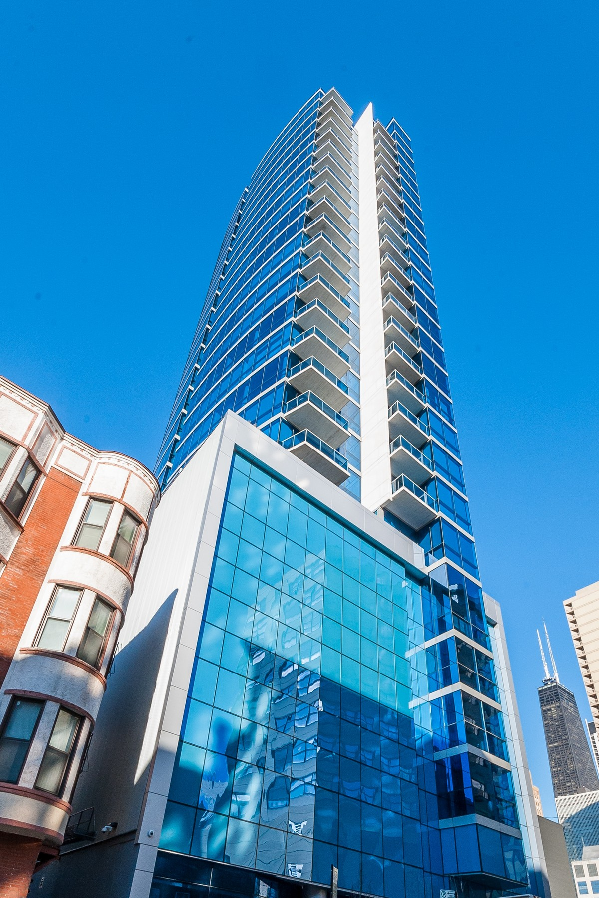 Property For Sale at Corner Unit with Stunning City Views