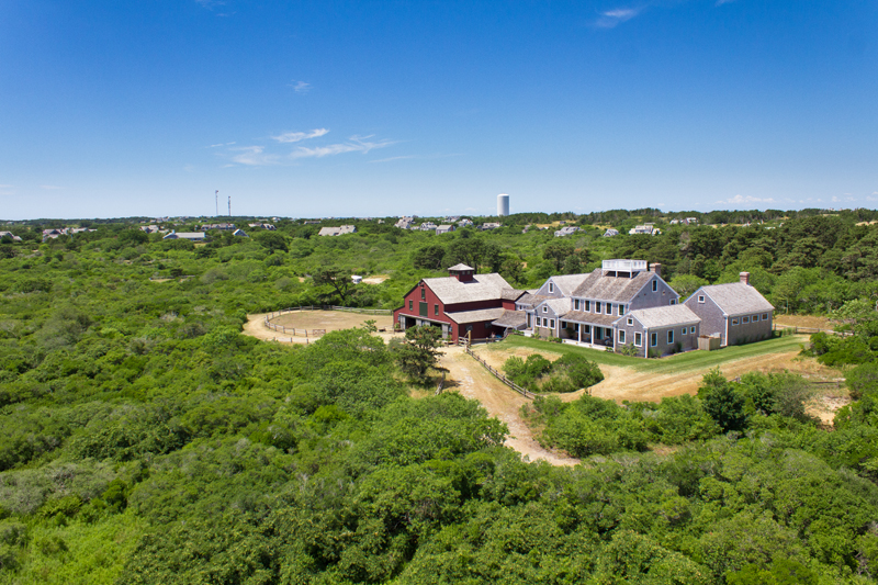 Property Of 30 Acres - Spectacular Equestrian Estate