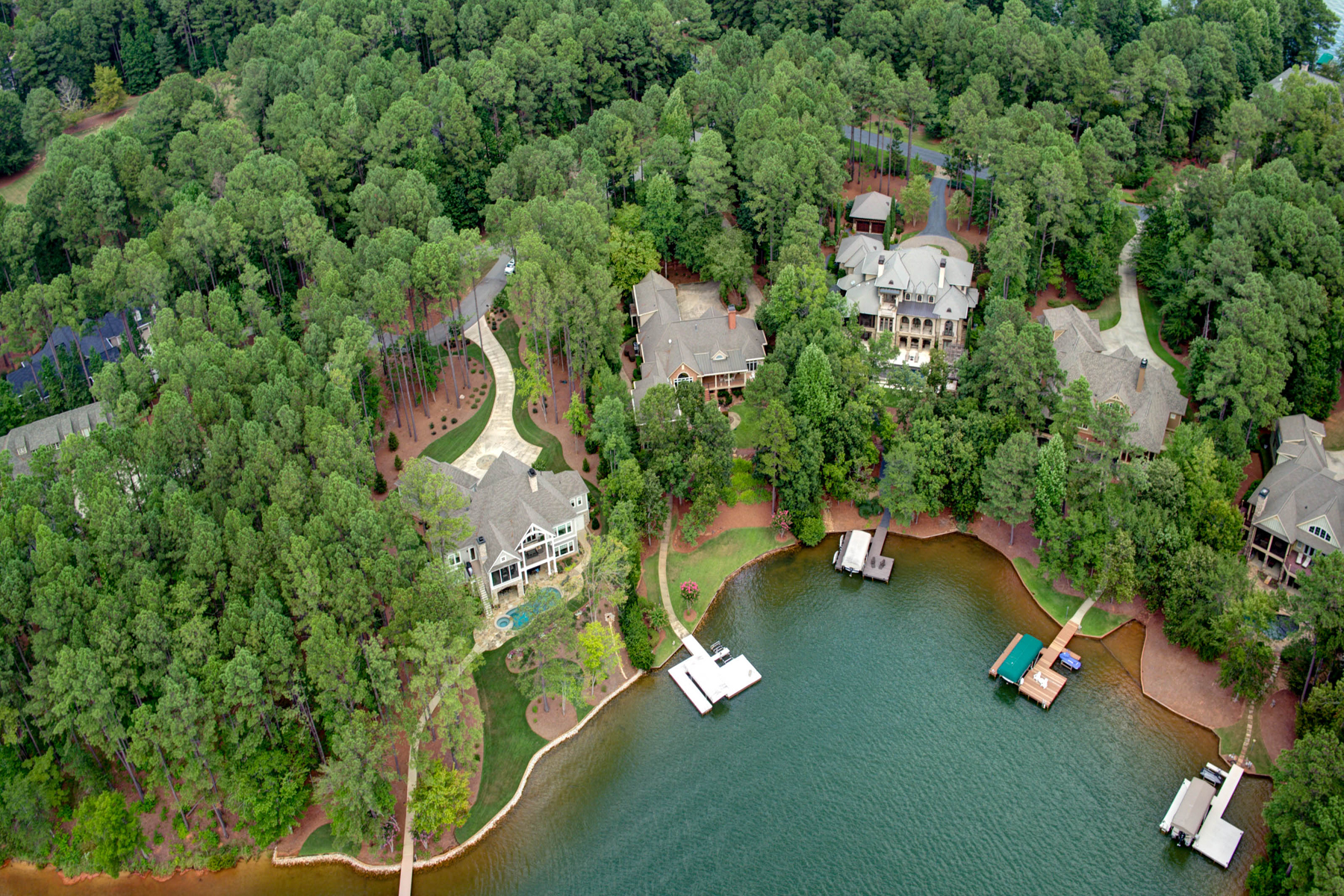 Additional photo for property listing at Gorgeous Custom Home On Lake Oconee 1020 Park House Lane Greensboro, Γεωργια 30642 Ηνωμενεσ Πολιτειεσ