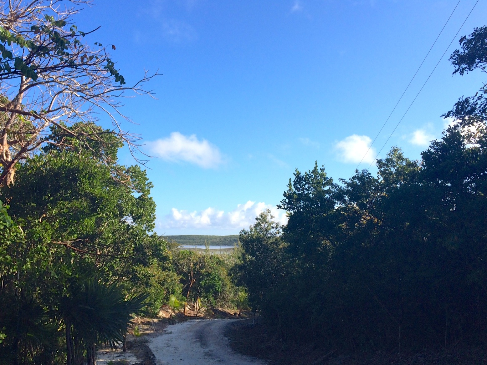 Terrain pour l Vente à Generous Lot with Great Views Gregory Town, Eleuthera, Bahamas