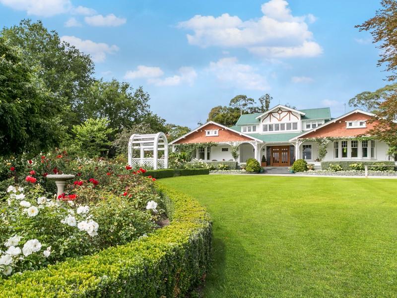 Single Family Home for Sale at Glen Aros 1549 Raukawa Road Raukawa Hastings, Hawkes Bay, 4174 New Zealand
