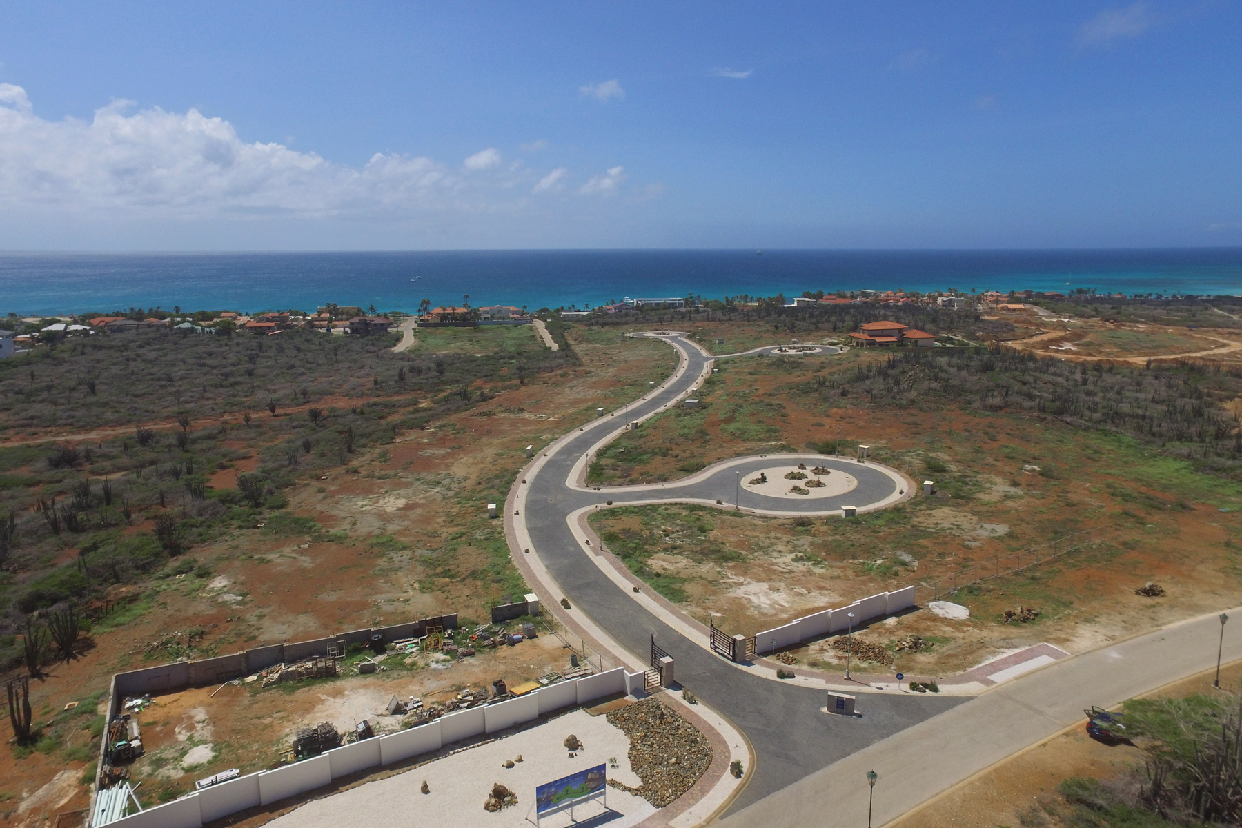 Additional photo for property listing at Catalina Estate in Tierra del Sol #39 Malmok, Aruba Aruba