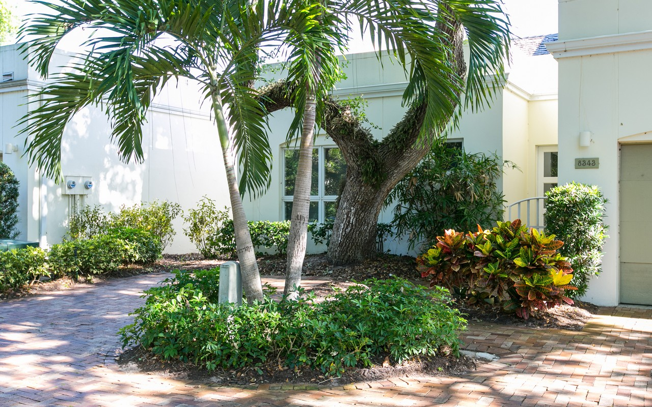 Single Family Home for Sale at Baytree Villas 8343 Chinaberry Road Vero Beach, Florida 32963 United States