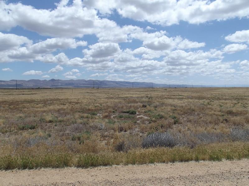 Land für Verkauf beim 2.5+/- Acreage in California Valley Devore Road Santa Margarita, Kalifornien, 93453 Vereinigte Staaten