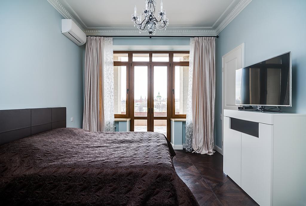 Property Of The apartment in a skyscraper on Kotelnicheskaya Embankment
