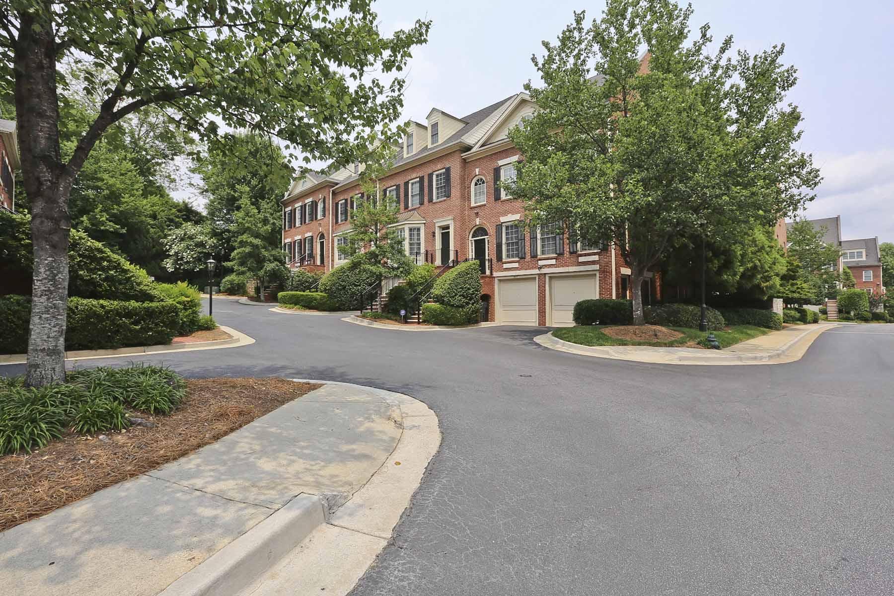 타운하우스 용 매매 에 Gated Large townhome in Desireable South Buckhead 1735 Peachtree Street NE Buckhead, Atlanta, 조지아 30309 미국
