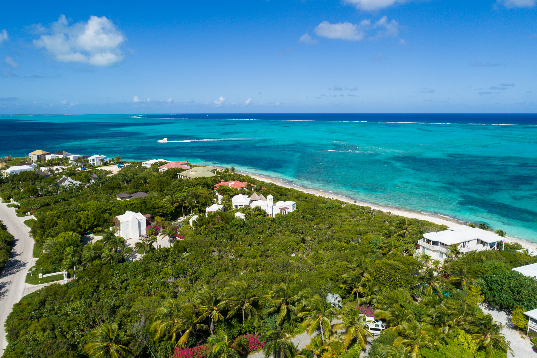 Additional photo for property listing at Turtle Cove Beachfront Lot Turtle Cove, Providenciales Turks And Caicos Islands