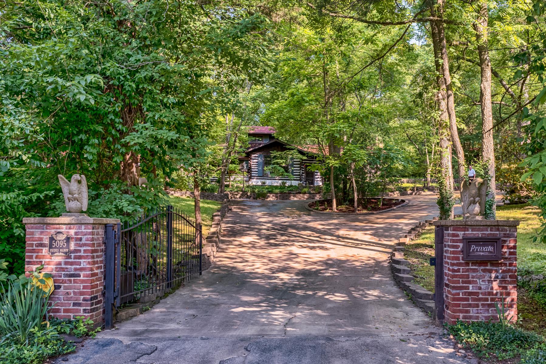 Maison unifamiliale pour l Vente à Prides Crossing 5095 Prides Crossing House Springs, Missouri, 63051 États-Unis