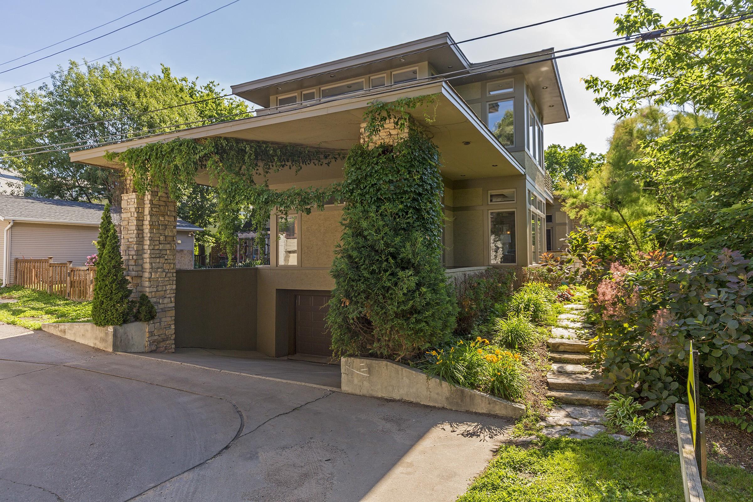Nhà ở một gia đình vì Bán tại 2864 Irving Avenue S East Isles, Minneapolis, Minnesota, 55408 Hoa Kỳ