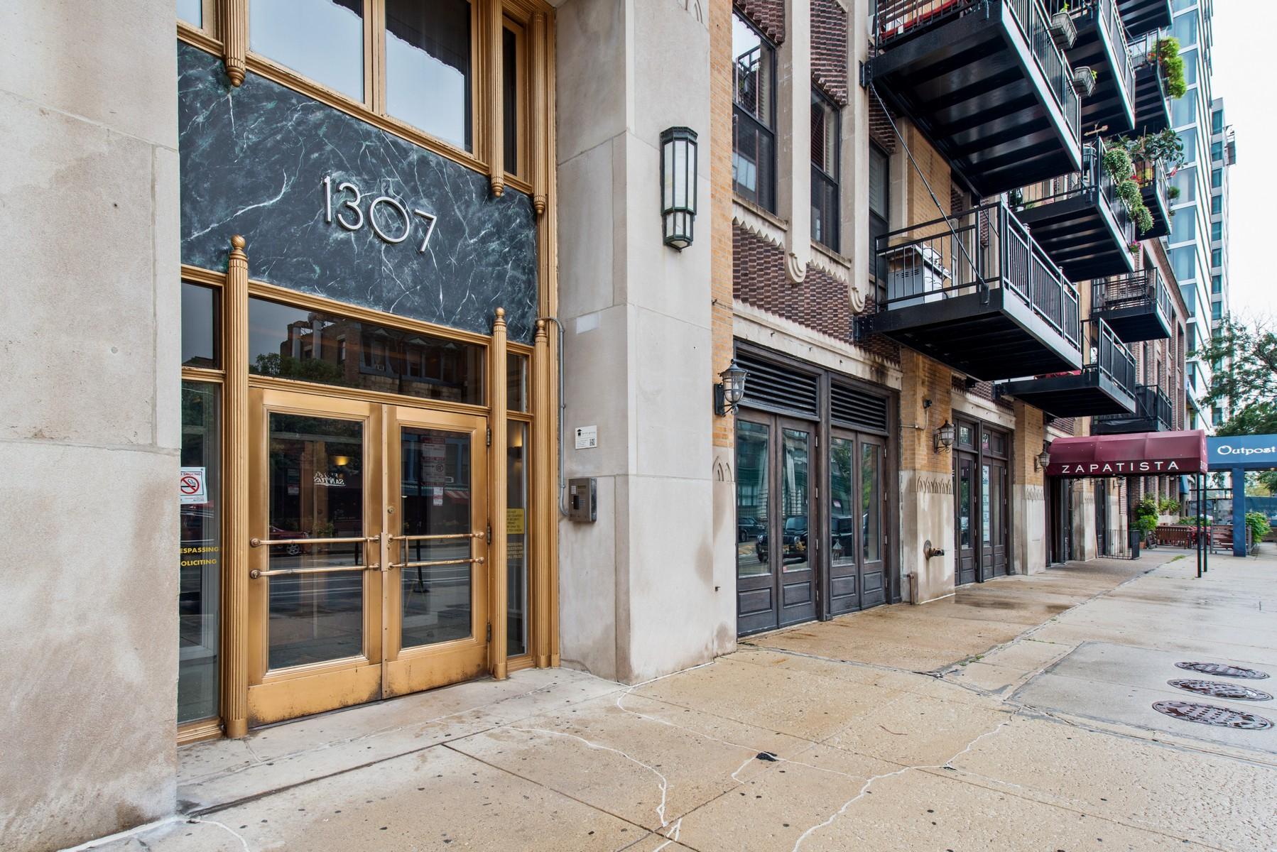 Condominium for Sale at Home in the South Loop 1307 S Wabash Avenue Unit 602 Near South Side, Chicago, Illinois, 60605 United States