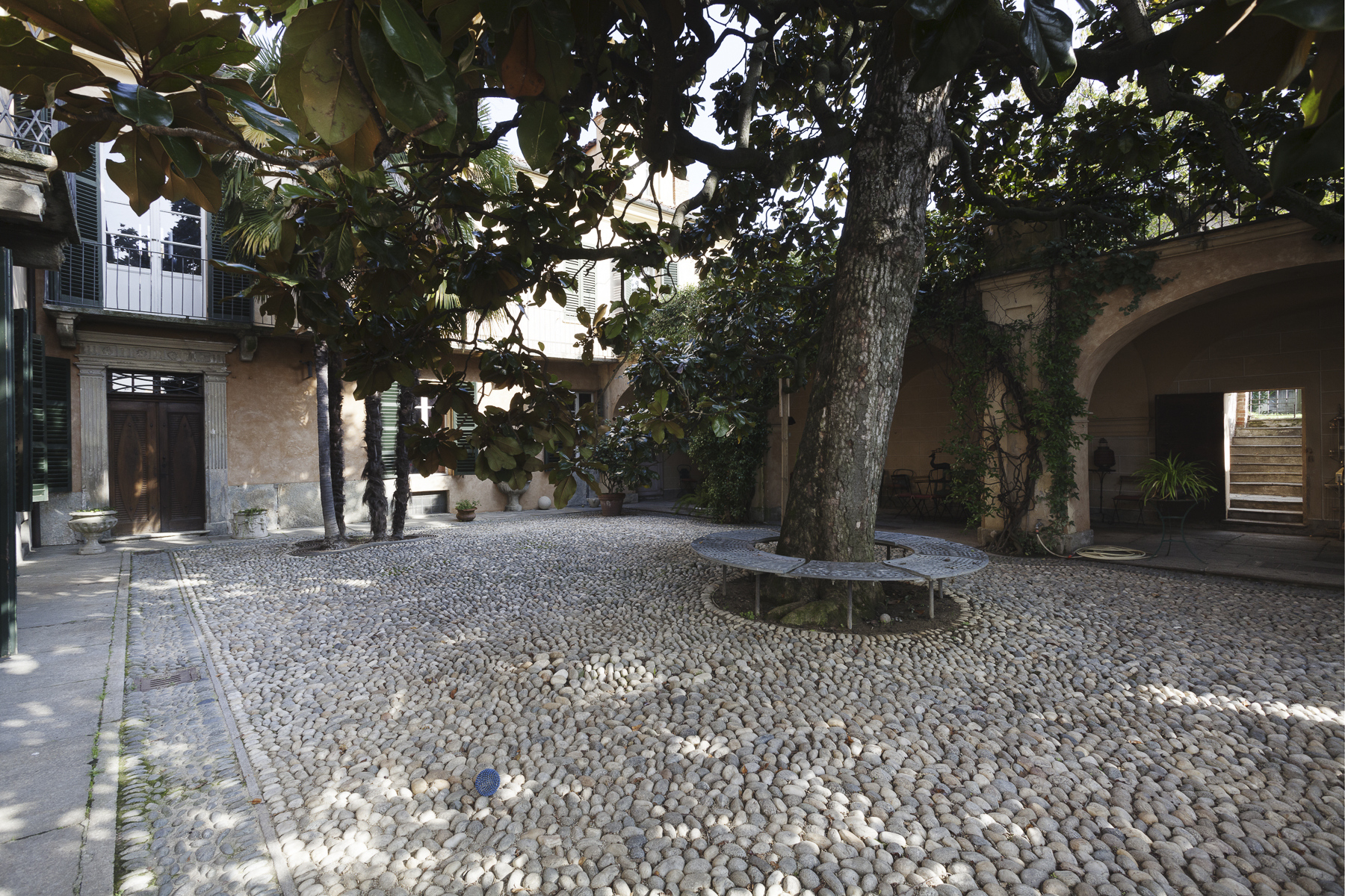 Additional photo for property listing at A fascinating XVII century Villa in Revigliasco Hill Strada Moncalieri Other Turin, Turin 10024 Italien