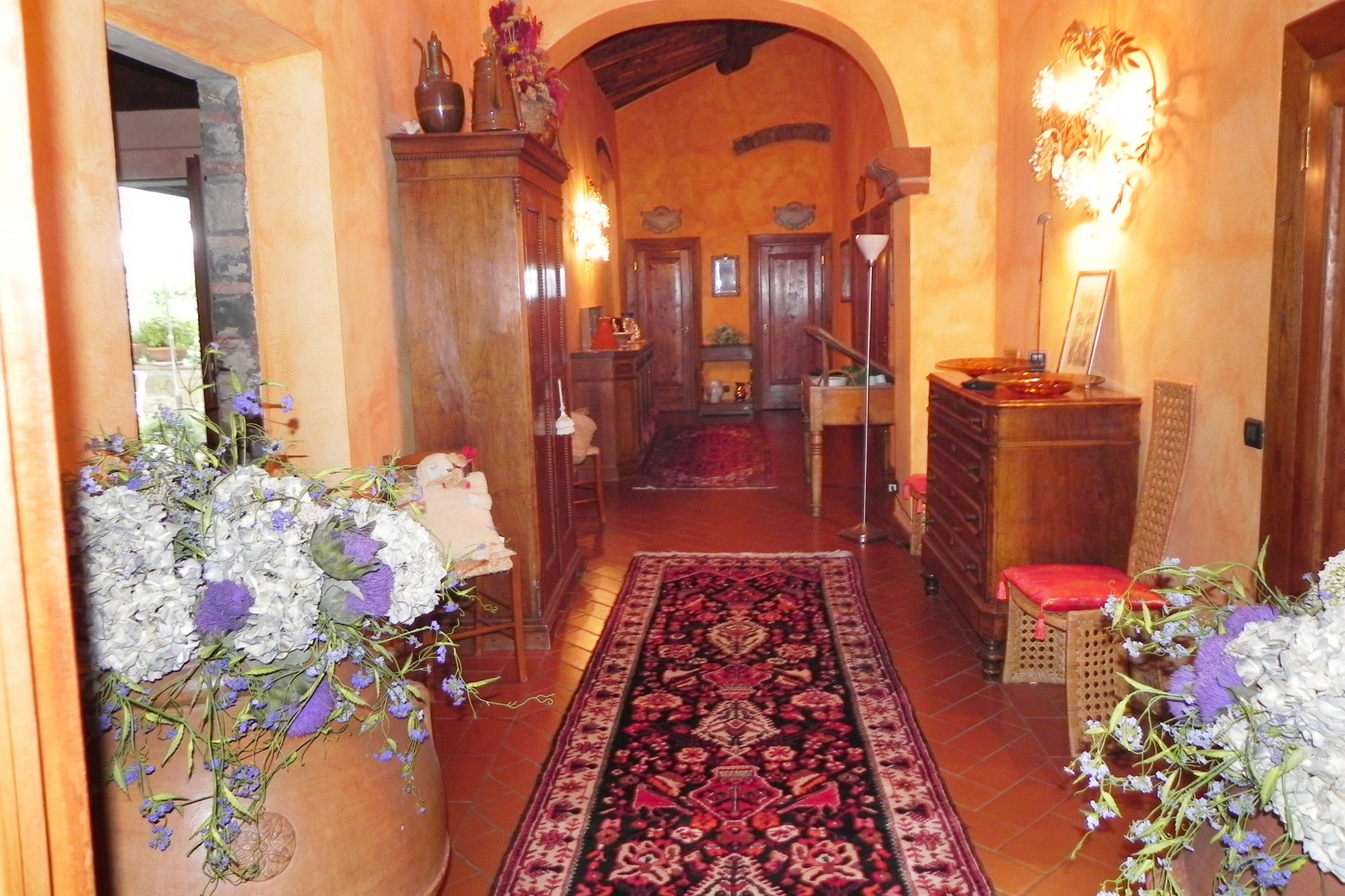 Additional photo for property listing at Chianti vineyard and villa Via San Leonino Panzano In Chianti, Florence 50022 Italie