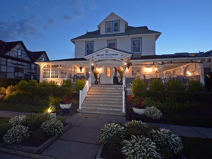 Single Family Home for Sale at Ocean Front Victorian Hotel & Restaurant 1505 Ocean Ave Spring Lake, New Jersey 07762 United States