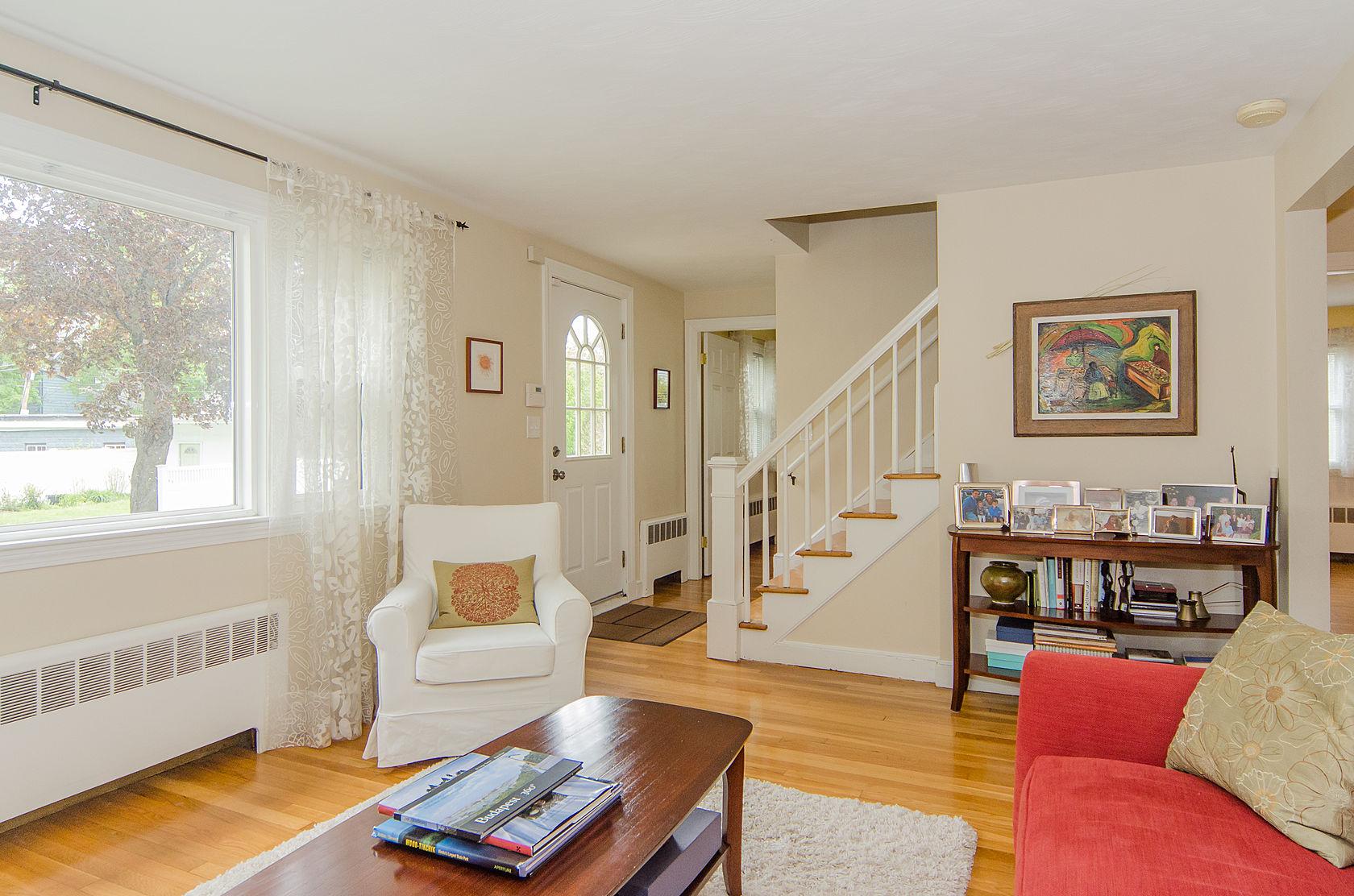단독 가정 주택 용 매매 에 60 Saint Joseph St, Boston Boston, 매사추세츠, 02130 미국