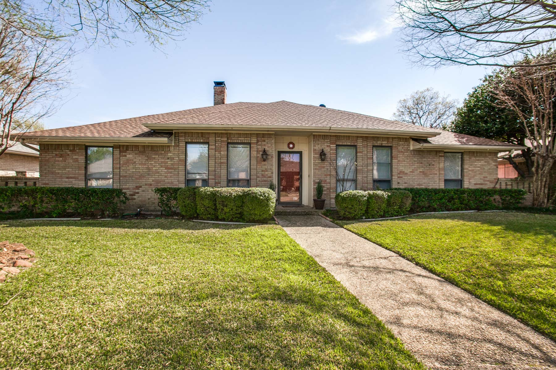 Single Family Home for Sale at Updated Prestonwood Traditional 6910 Middle Cove Drive Dallas, Texas, 75248 United States