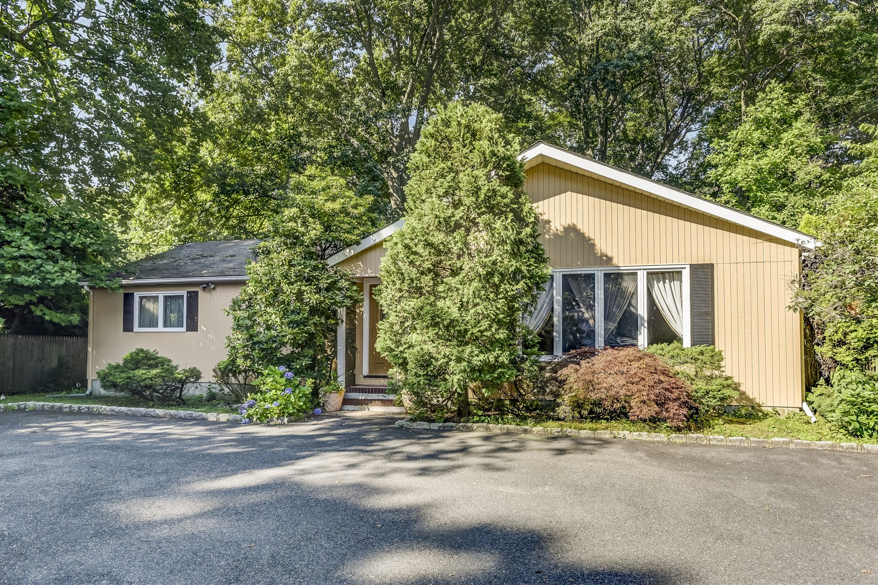 Single Family Home for Sale at Fabulous Fair Haven! 2 Rutgers Drive Fair Haven, New Jersey, 07704 United States