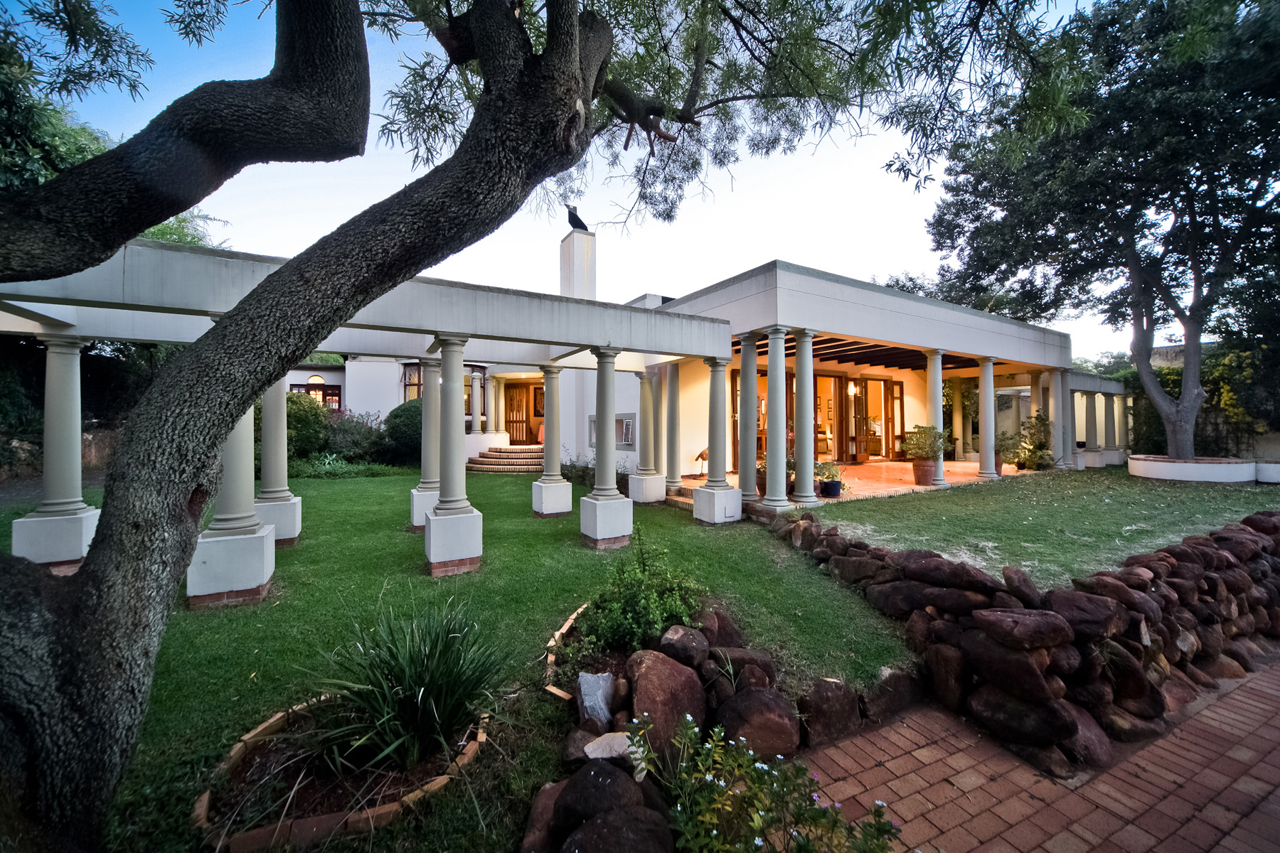 Maison unifamiliale pour l Vente à The Valley Road Johannesburg, Gauteng 2193 Afrique Du Sud