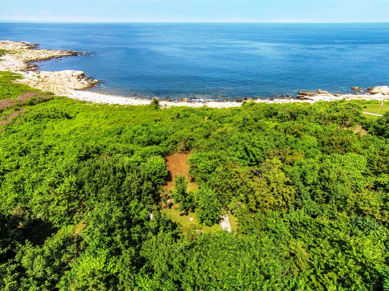 Property For Sale at Buildable Lot with Ocean Views